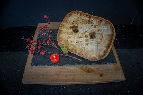 Burns Special 2lb Pie